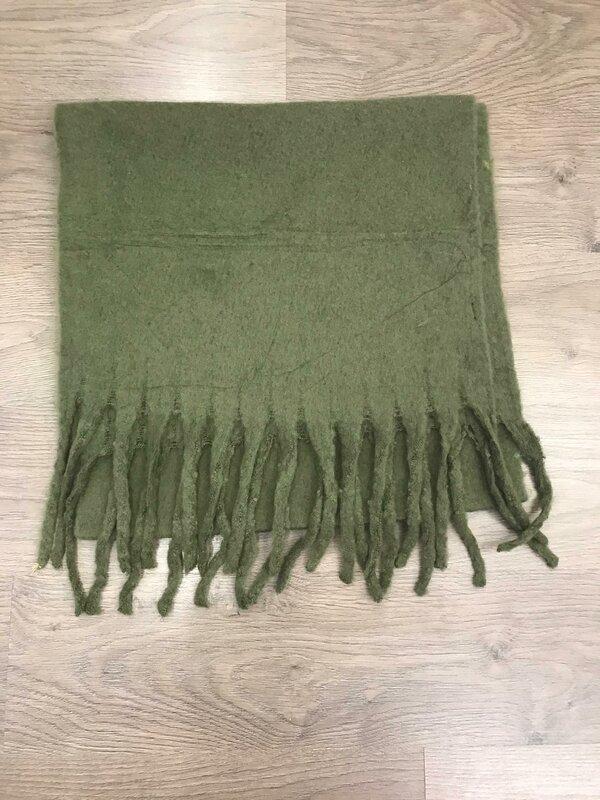 Sjaal in kaki kleur