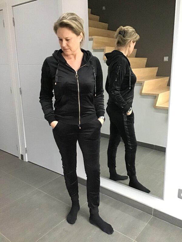 Huispak super soft zwart met rits