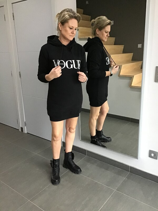 Kleedje/ sweater vogue