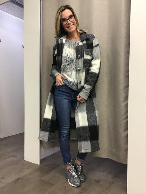 Lange jas grijs met zwart