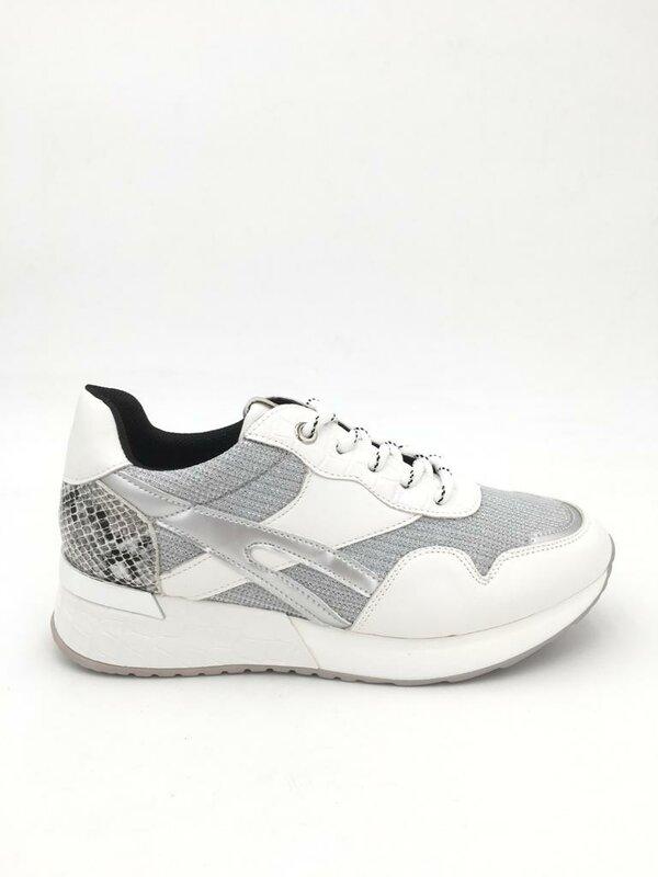 Sneaker grijze tinten