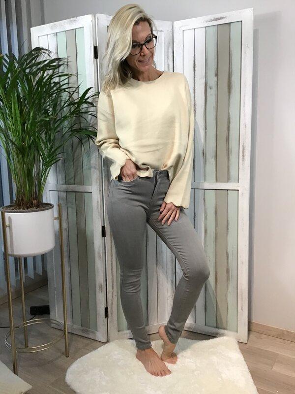 Broek grijs hoge taille/skinny
