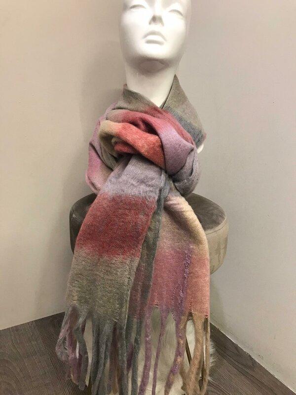 Warme sjaal roze fuschia beige grijze tinten