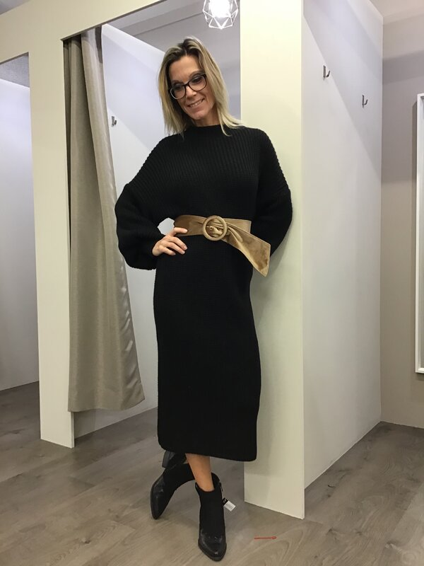 Lang pull kleedje zwart