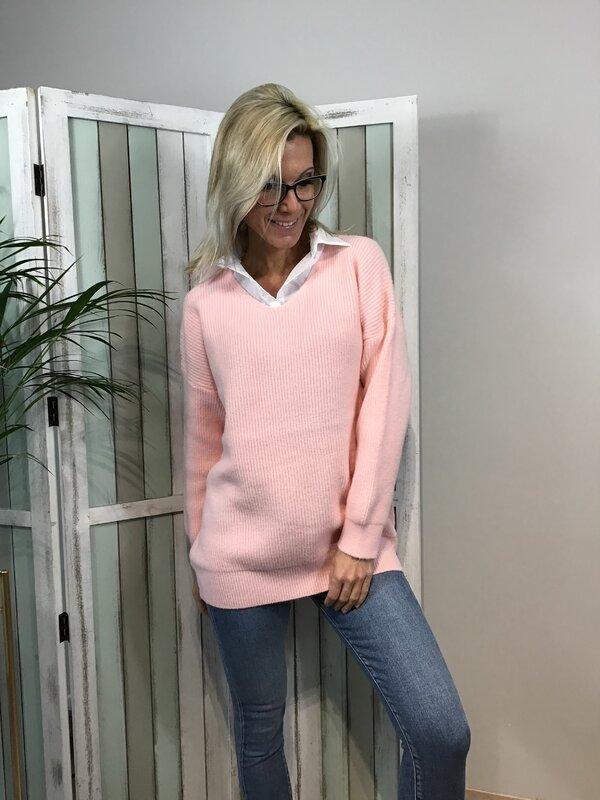 Pull met hemdskraag roze