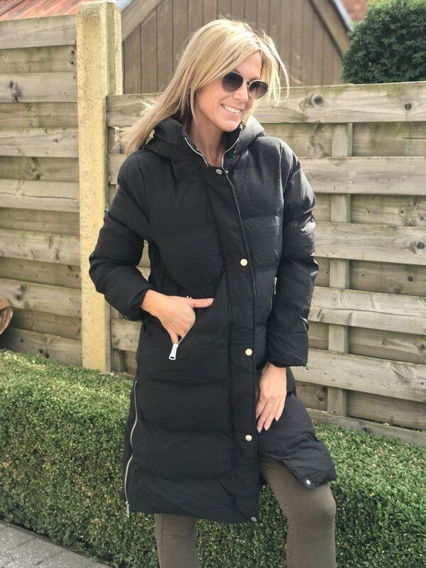 Lange jas in zwart