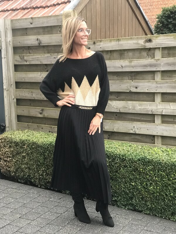 Plissé rok in zwart lang model