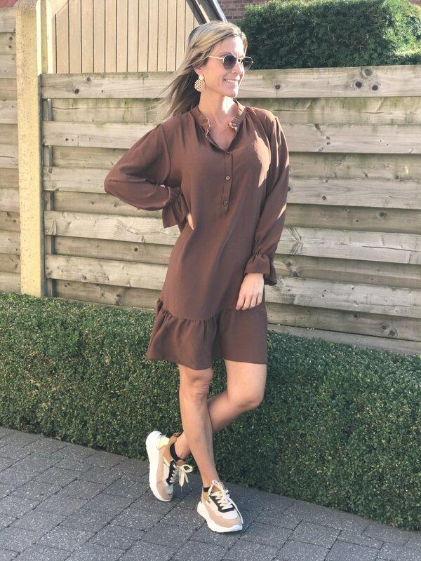 Los kleedje in bruin